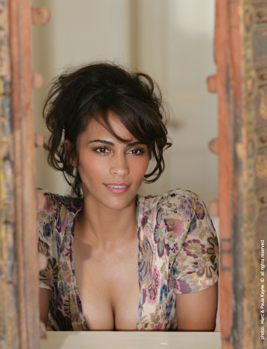 Paula_Patton_XX8Z3407.jpg